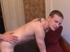 Gay skater facializes himself after fucking ass
