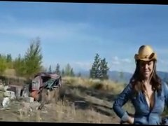 Farmers daughter sucks cock outside and gets mouth full