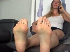 Model Big feet show