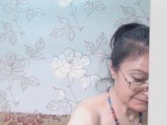 OMEGLE - mature in glasses webcam 05 04 2015