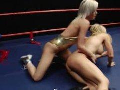 Catfight Tylene v Emily