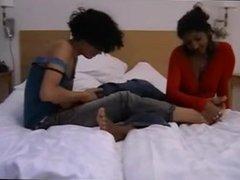 Indian-Swedish girls lick each other's feet! Pratar svenska!.