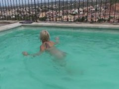 Squirting in the Pool