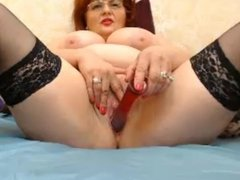 mature milf show pussy and put didol in pussy moan 422