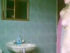 amateur hidden shower