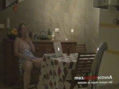 camera cachee pour les voyeurs francais chez une amatrice omegle