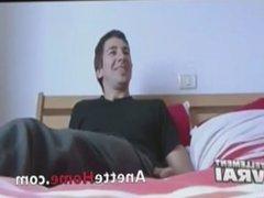 9 cams voyeurs 24h chez un couple francais amateur omegle