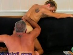 Hairy gay men fucking in a sex sling This magnificent and bulky hunk has