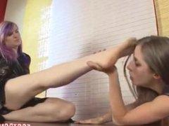 Foot fetish girls