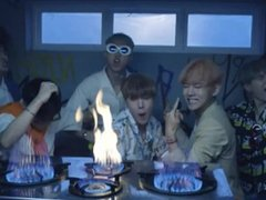 BTS TOO LIT MFFFFFF (BTS HOE AKA LUNA FROM @JEON.VIBES ON IG)