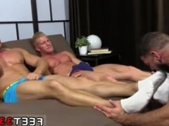Men kiss mens toes gay first time Ricky Hypnotized To Worship Johnny &