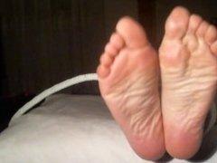 Feet tickling torture Slave girl Princess Jasmine