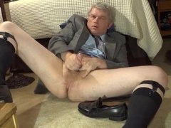 MASTURBATING AND CUMMING ON A FRIEND'S SHOE