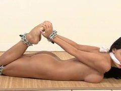 Aletta in Chain