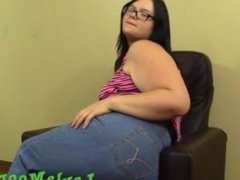 layla  Moore fat ass farts in jeans with burps