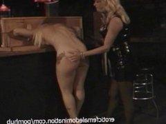 Gorgeous blonde sex bomb has her orgasmic pink slit pleasured