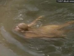Daryl Hannah - Naked in public, Outdoors -At Play in the Fields of the Lord