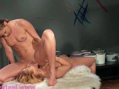 Lesbea Face sitting pussy eating orgasm