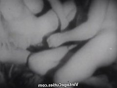 Oral Sex by Young Brave Couple (1930s Vintage)