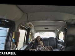 Brunette Alessa Savage Getting Pussy Eaten In Taxi