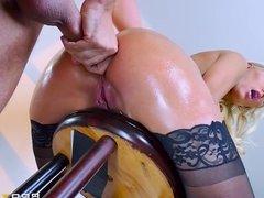 Brazzers - Dirty milf Krissy Lynn take