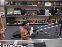 Amateur doggystyle Muscular Chick Spreads Eagle For Cash!