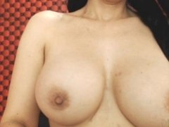 Webcam MILF Boobs