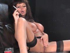milf smoke and masturbate herself