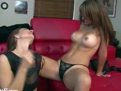 Mindi Mink and Her Step-Daughter Elissa PUSSY LICKING LESBIANS