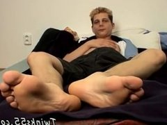 Gay mexican toon porn Honza And His Size 11 Feet