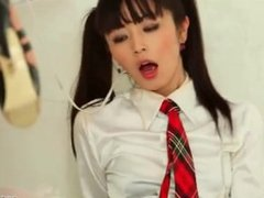 Japanese schoolgirl cums as she humiliates her friend