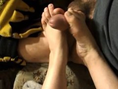 love his cum on my feet