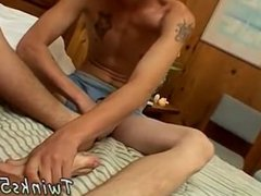 Male feet licking films gay Curious Boys With Cummy Feet
