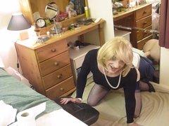 Sissy Crossdresser humps 8 inch dildo