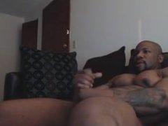 Sexy Mature Black Guy Jerks off