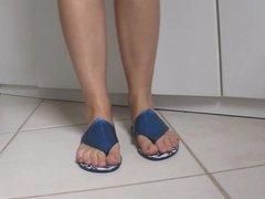 Melissa nos Pes - Aileron Flip Flop   Gareth Pugh