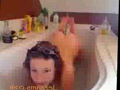 german girl bath jezcams