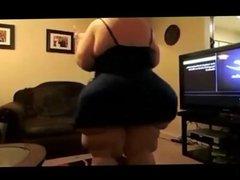 Huge ass SSBBW sings and dances