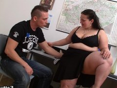Hot office fat girl starts sex game...