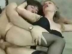 beautiful blonde milf anal from Milfaholico