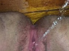Pissing while playing with my pussy on the floor ;)