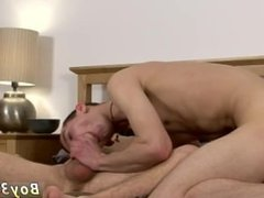 Free online twinks gay sex and boys showing off their dicks to other guys
