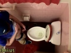 Hindi gays porn and homo porn movieture galleries Unloading In The Toilet