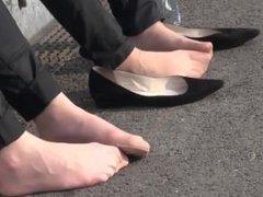 Beautiful pantyhosed feet in public
