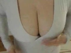 Hot mom. Lorrine from kinkyandlonely.com