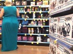 Super Jiggly BBW Pawg Milf in Blue Dress