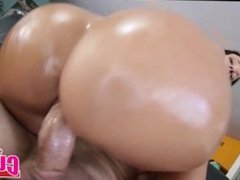 Curvy Brunette With Nice Ass Gets Fucked