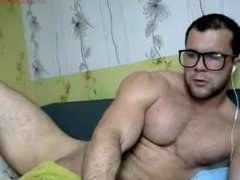 Hairy Muscle Nerd Jacks off on Cam