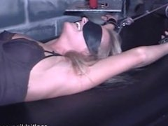 Tickle In Dungeon