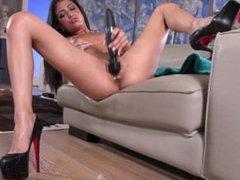 Riley Reid vs Veronica Rodriguez: A Squirting porn music video